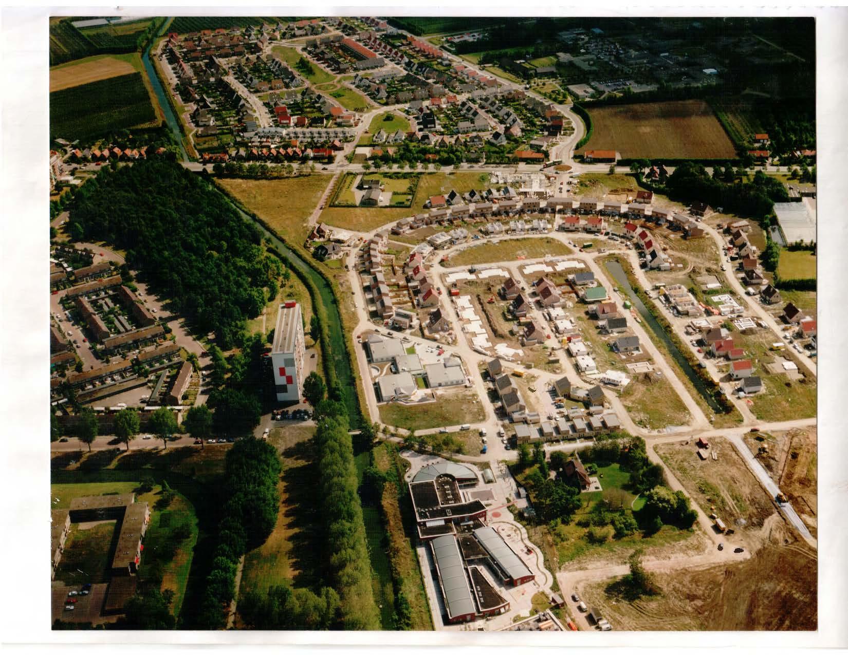 Eerste fase van Overzuid in aanbouw, september 1995